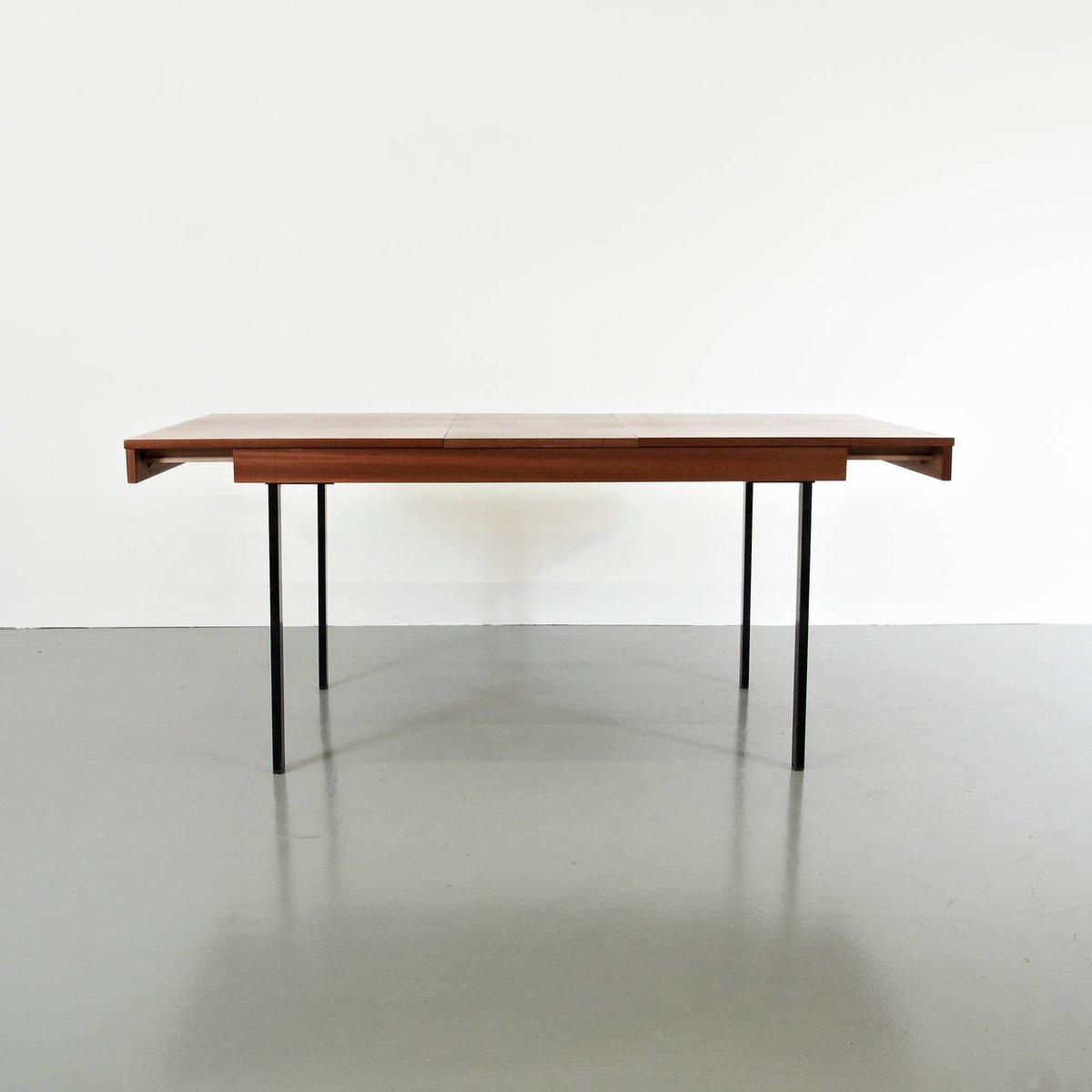 Ausziehbarer Esstisch aus Holz & Eisen von Pierre Guariche für ...