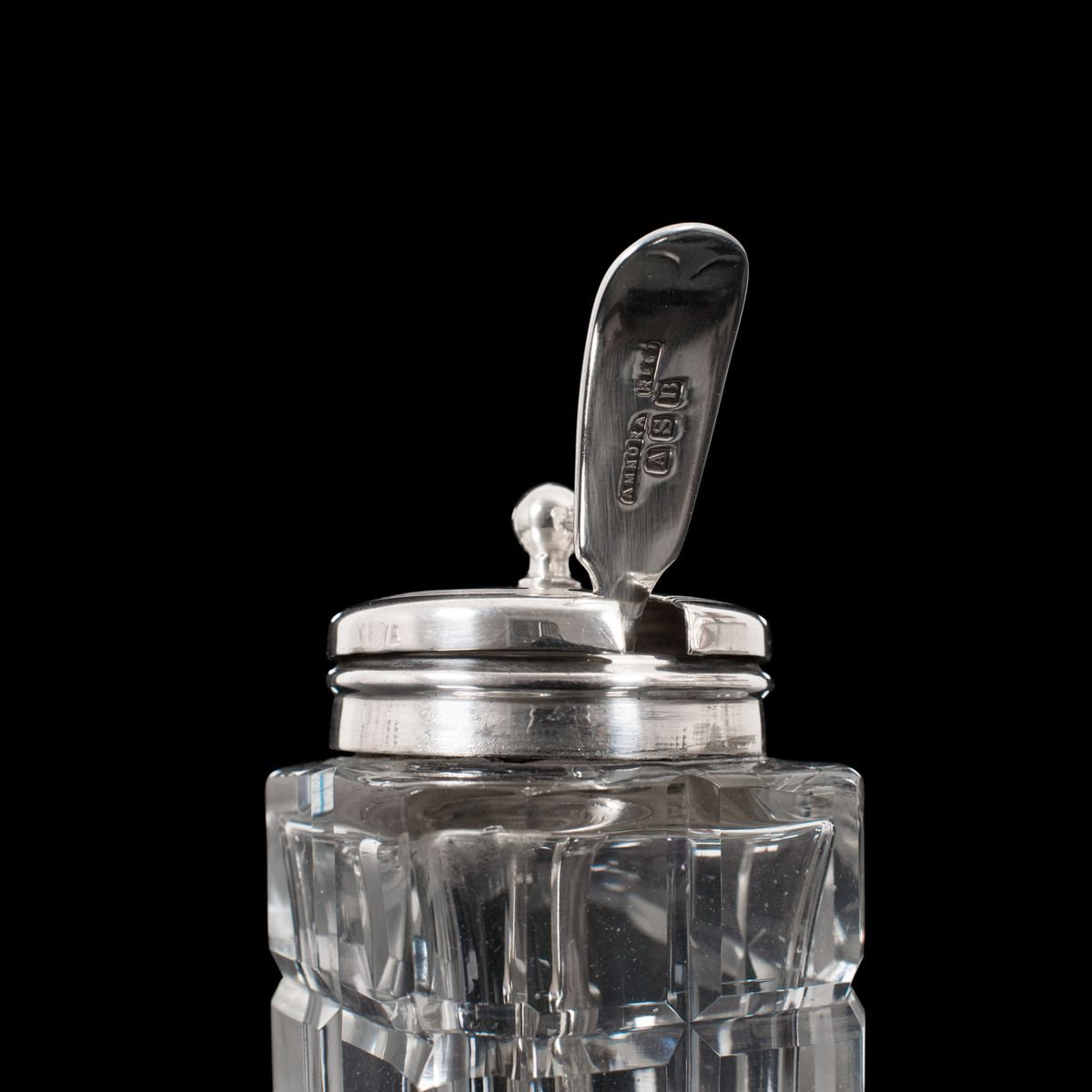 English Art Deco Vintage Silver Plated Salt and Pepper Shakers with Salt Dish 1920s 1930s Decor