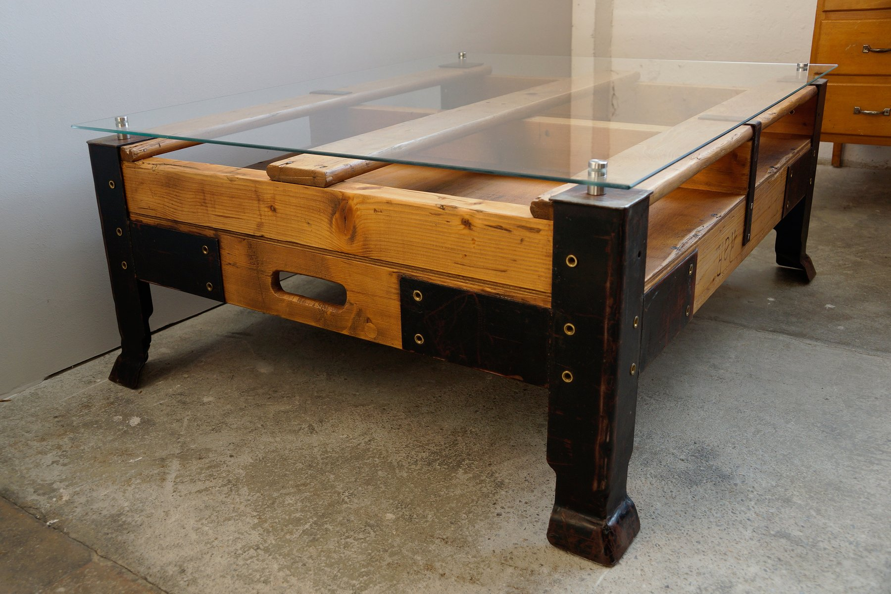Industrial Pallet Coffee Table With Glass Top 10 $1,43600 Price