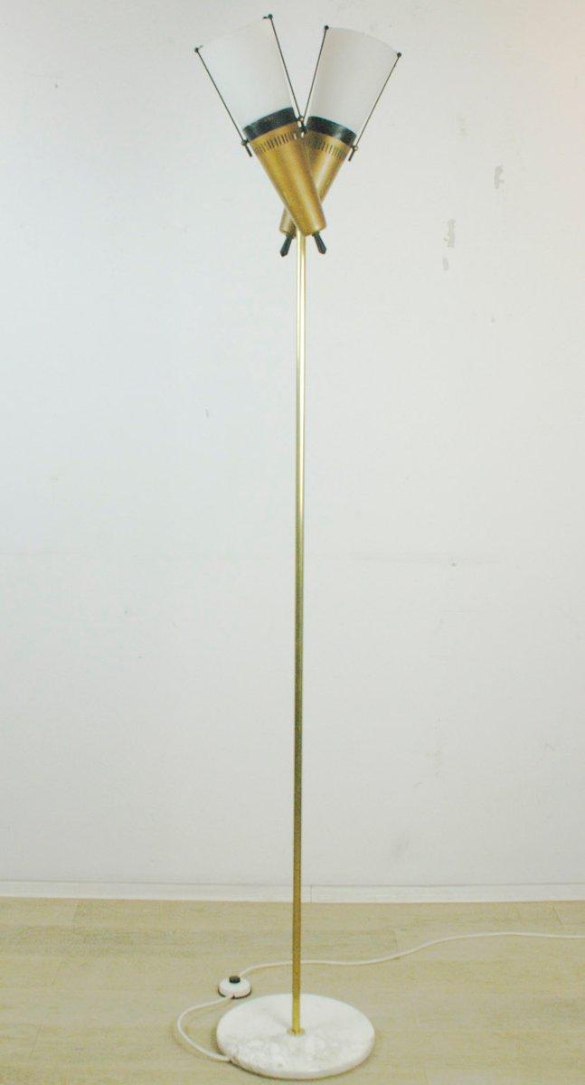 Italienische Stehlampe aus Messing und Milchglas, 1950er