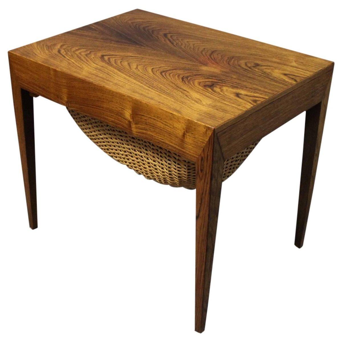 petite table de couture par severin hansen pour haslev. Black Bedroom Furniture Sets. Home Design Ideas