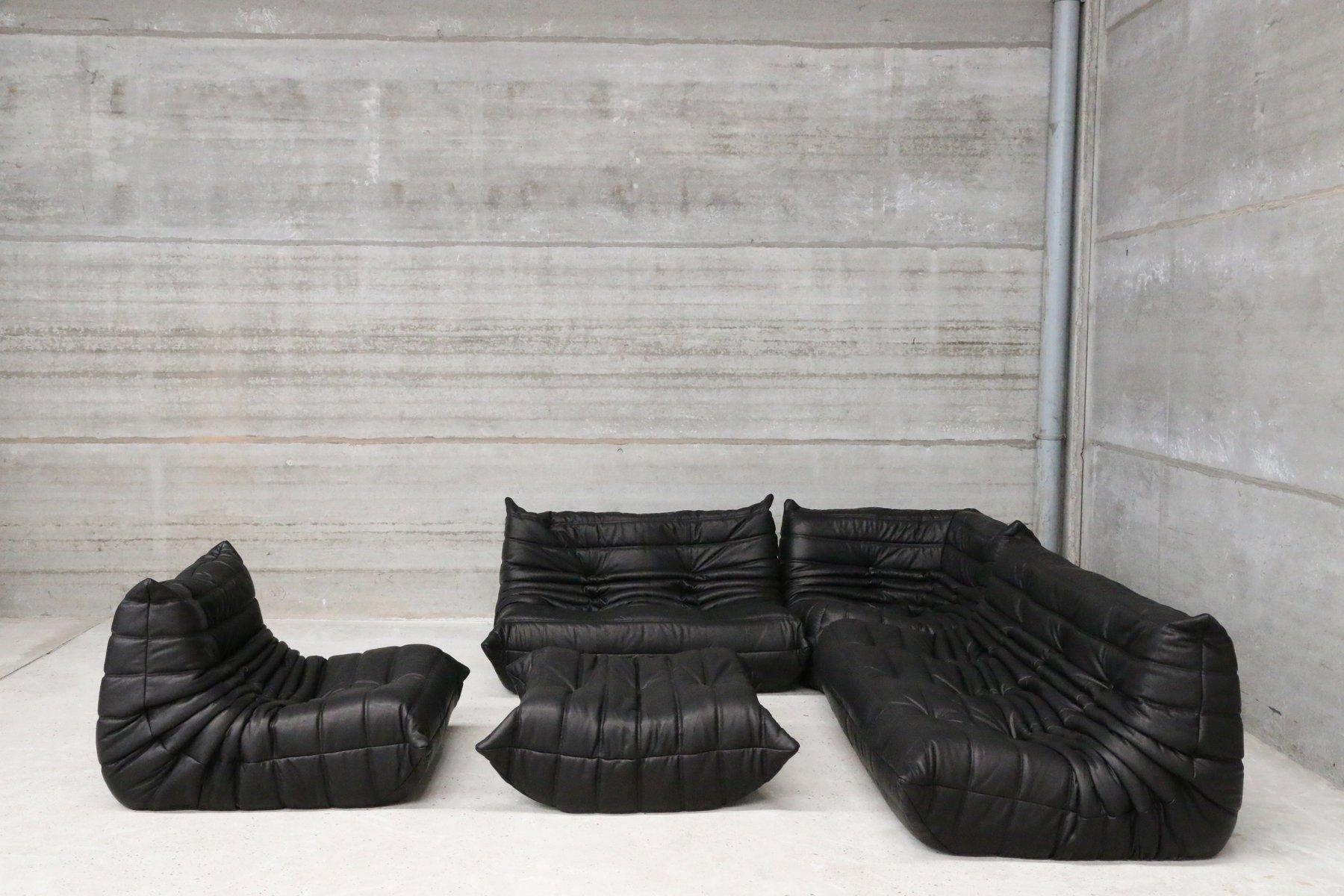 set de canap u00e9s togo vintage en cuir noir par michel ducaroy pour ligne roset en vente sur pamono