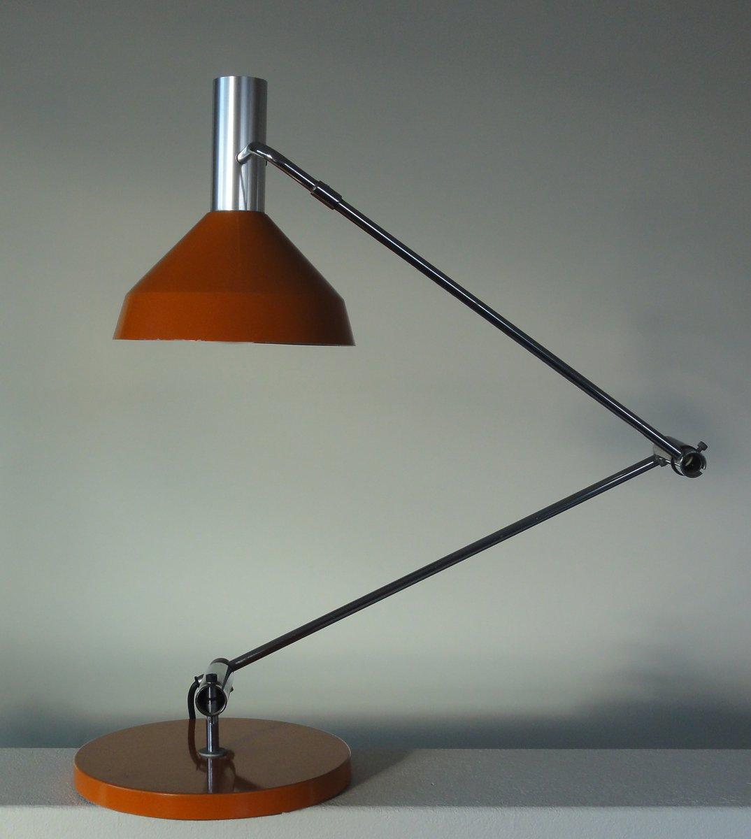 Modell Type 60 T Tischlampe in Orange von Rico & Rosemarie Baltensweil...