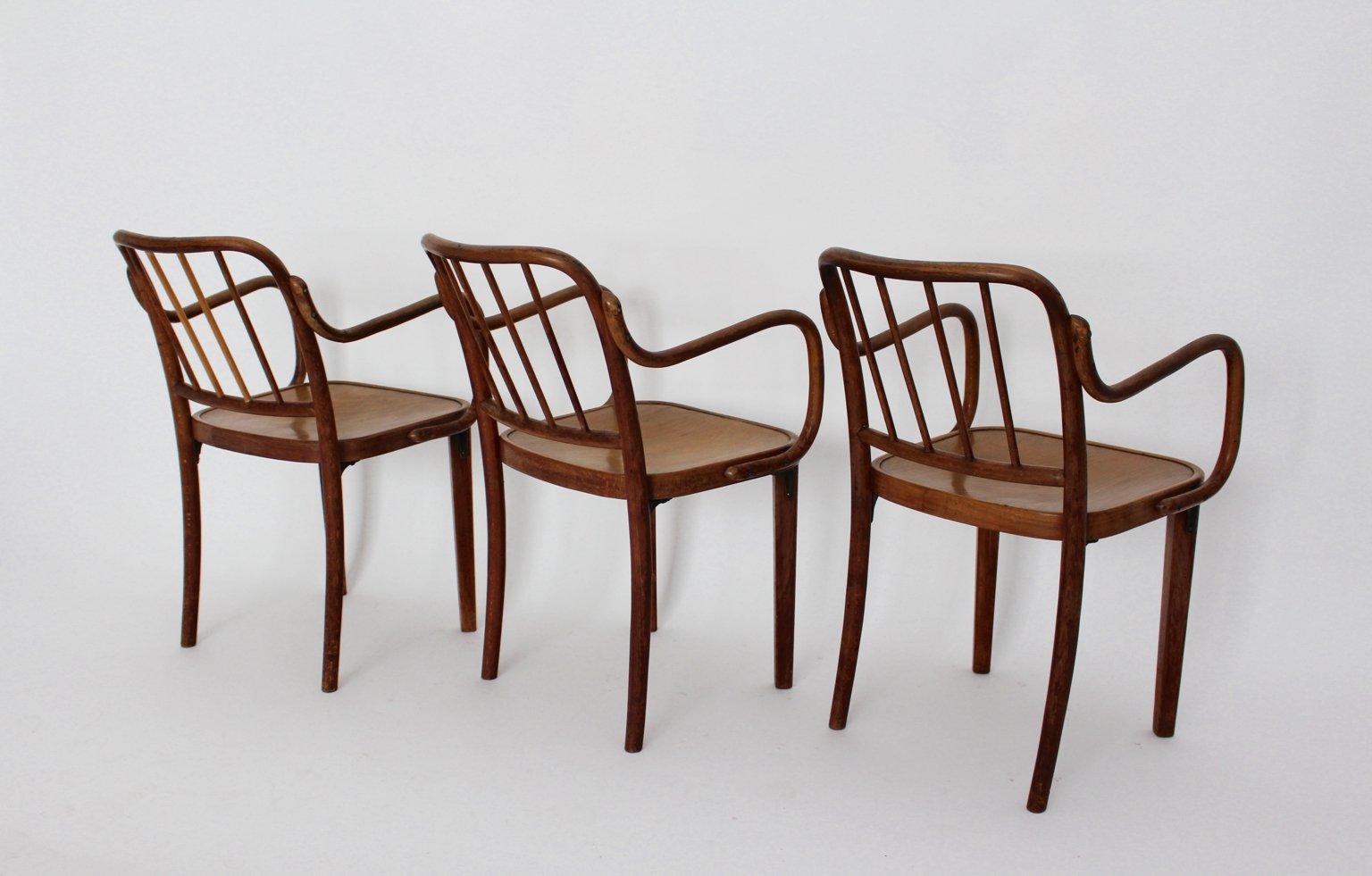 Sedia in legno curvato di thonet austria anni 39 30 in for Sedia design legno curvato