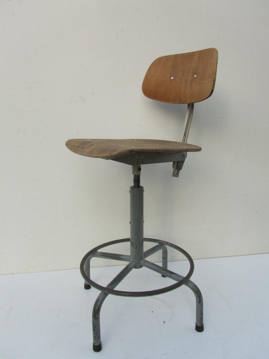 Chaise de bureau pivotante industrielle en vente sur pamono - Chaise bureau industriel ...