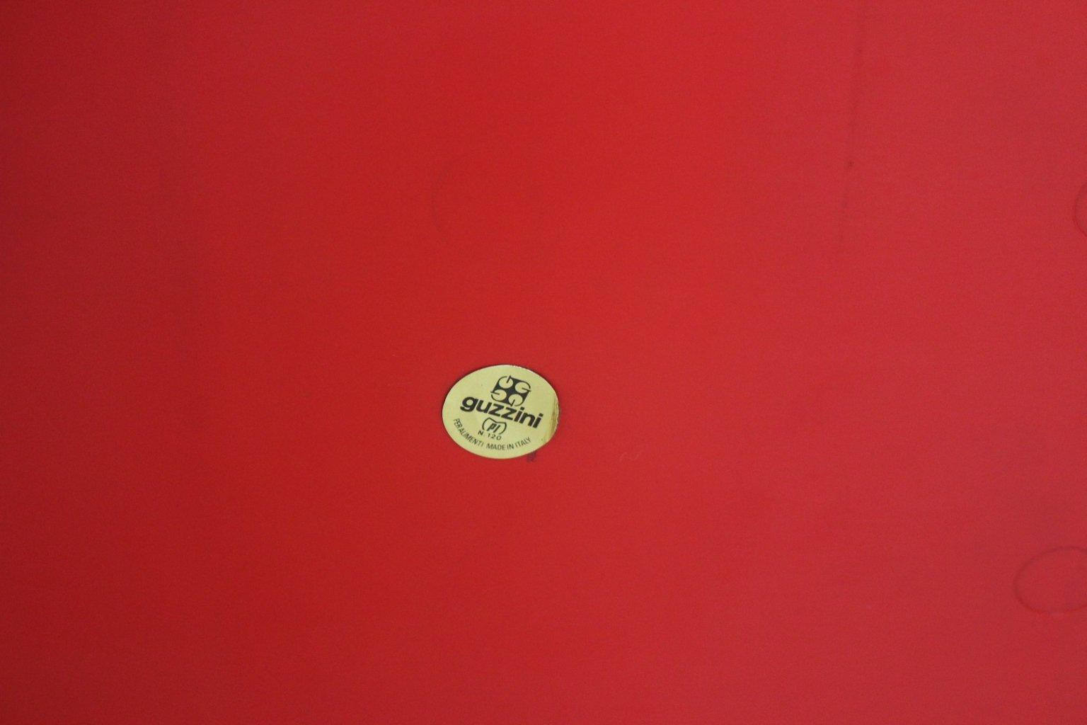 plateau petit d jeuner au lit rouge de guzzini italie. Black Bedroom Furniture Sets. Home Design Ideas