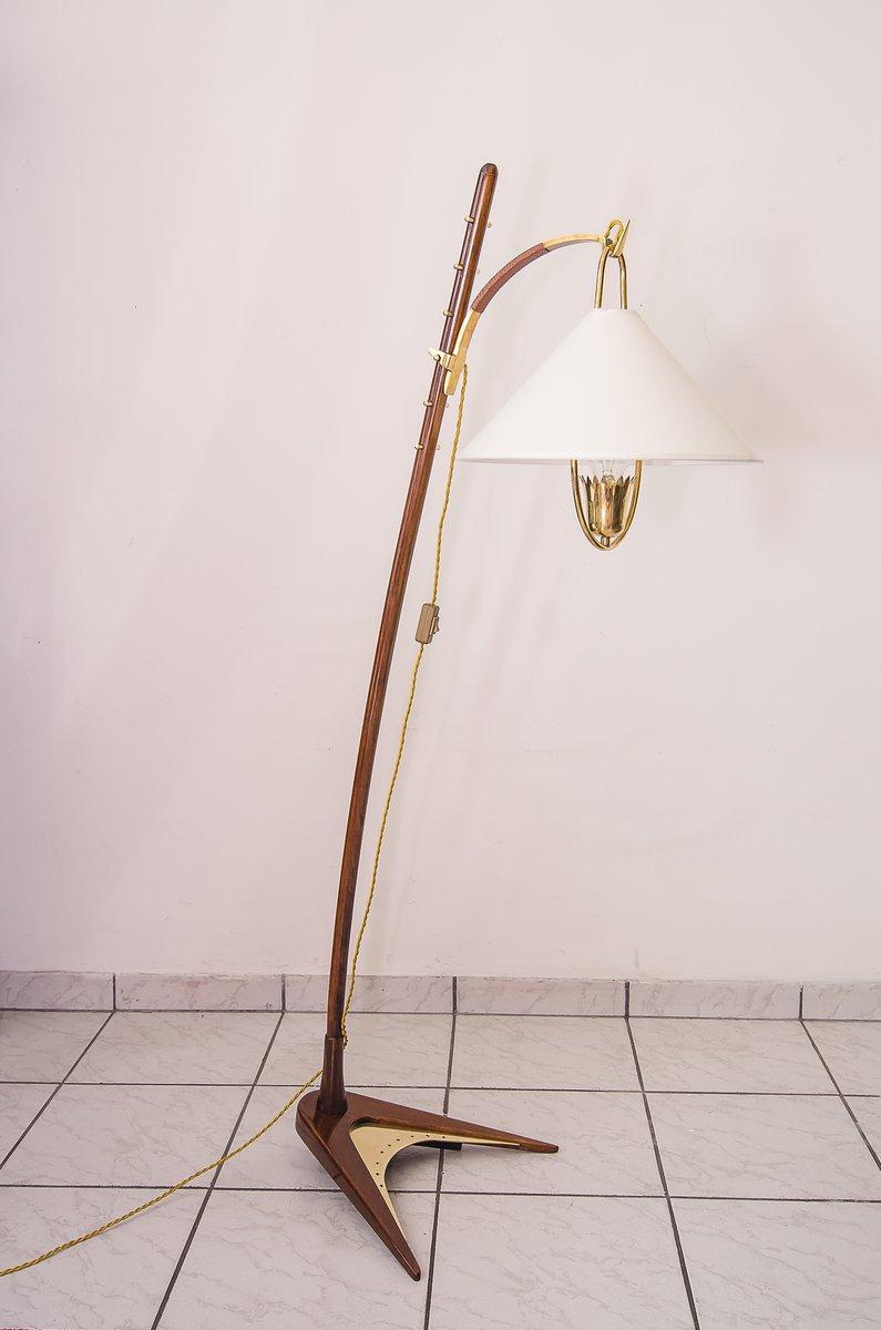 Mid-Century Walnuss Stehlampe von J.T. Kalmar, 1949