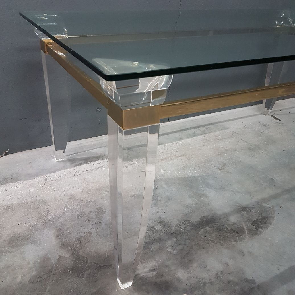 Mesa de centro de metacrilato vidrio y metal chapado dorado a os 80 en venta en pamono - Mesa centro metacrilato ...