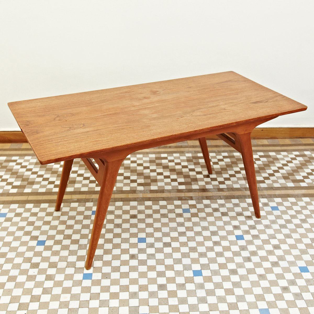 Coffee Table 1950s: Scandinavian Coffee Table From Tingstroms, 1950s For Sale