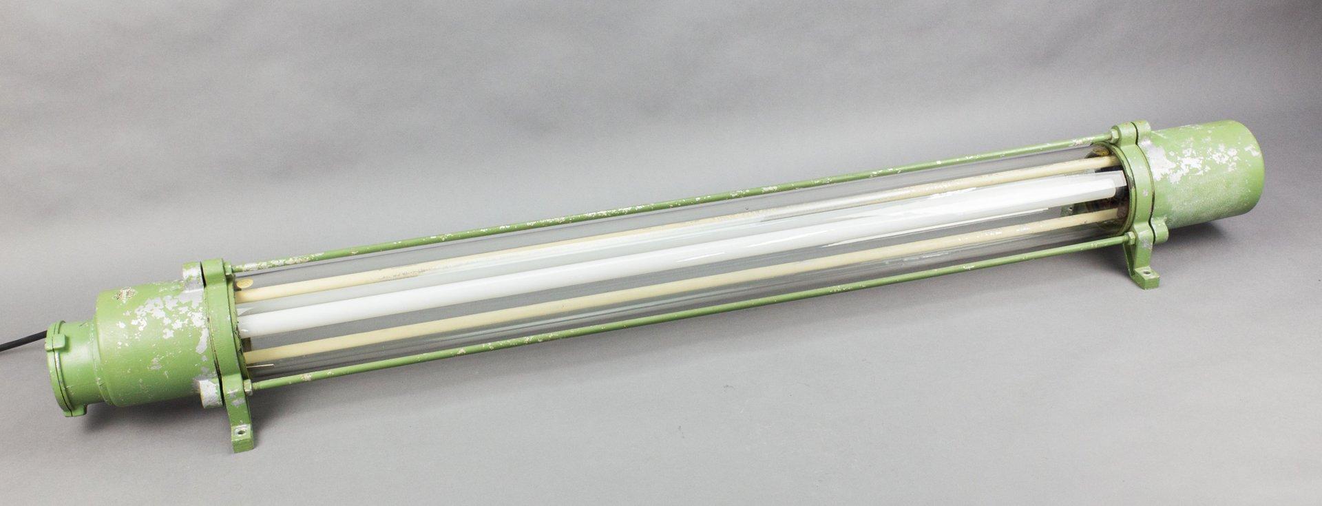 Explosionsgesicherte vintage Leuchtstoffröhre von Leuchtenbau Wittenbe...   Lampen > Leuchtmittel > Leuchtstoffröhren   Grün   Glas