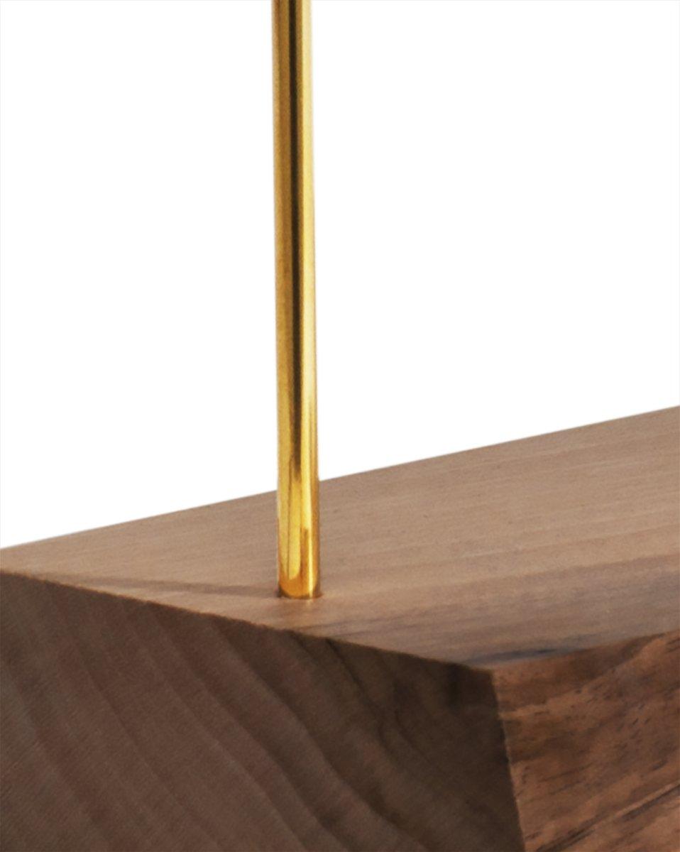 Lampada da tavolo matterlight in legno di noce e ottone di - Lampada da tavolo legno ...