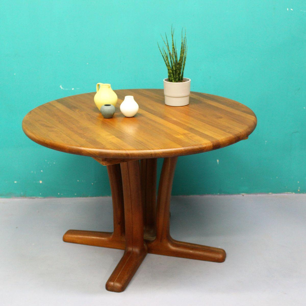 Runder Tisch aus Teak von Dyrlund, 1960er