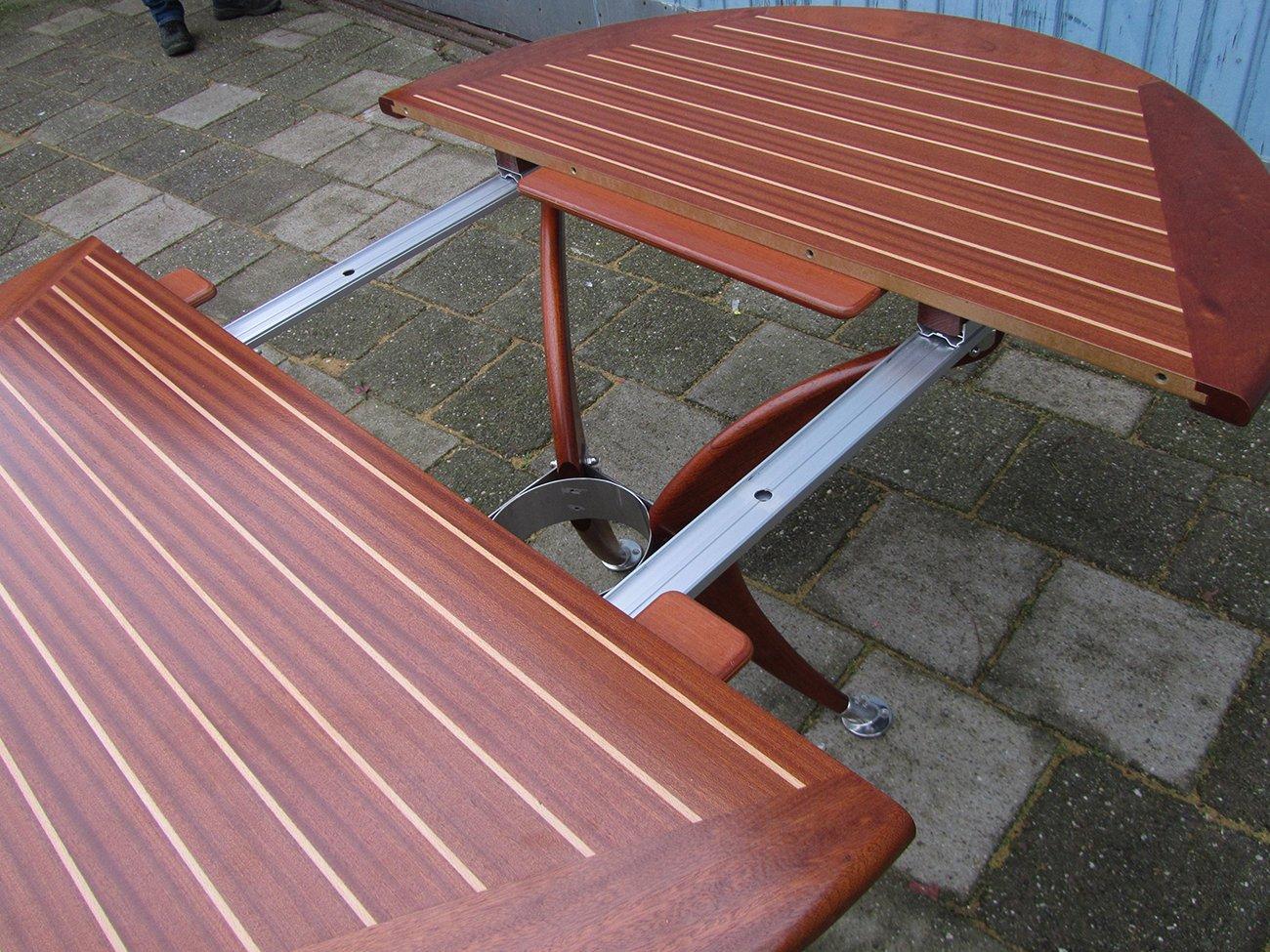 Ausziehbarer runder vintage deck tisch von deckline bei for Runder vintage tisch