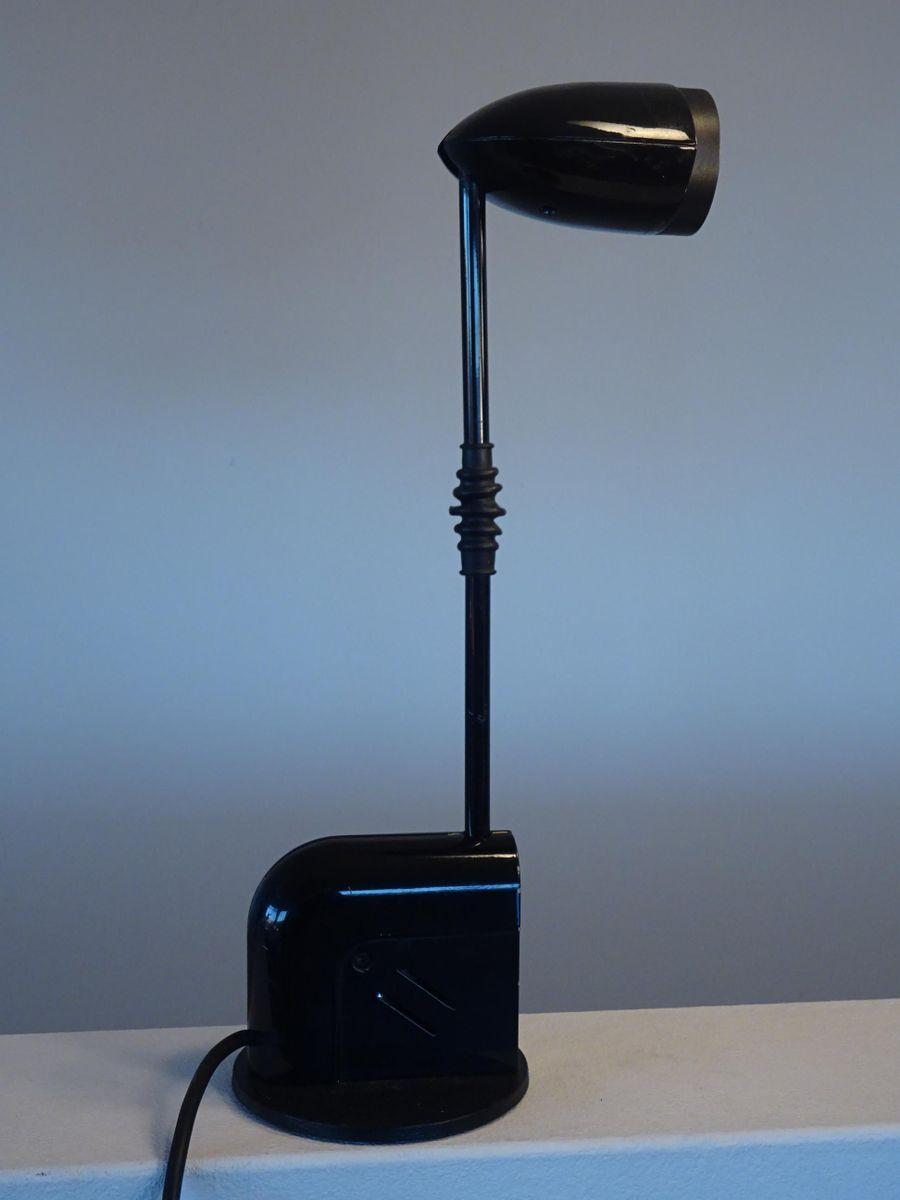 Modell Snob Tischlampe aus Schwarzem Metall von Toshiyuki Kita für Luc...