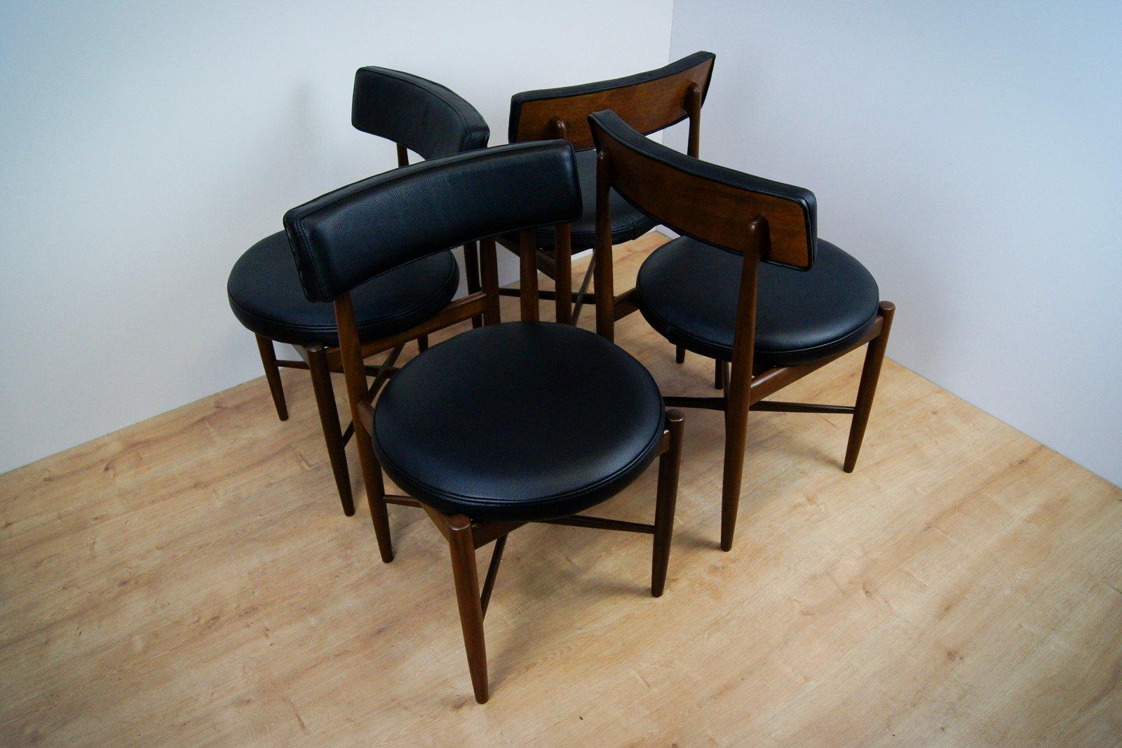 Tavolo e 4 sedie da pranzo di ib kofod larsen per g plan for Sedie per tavolo da pranzo