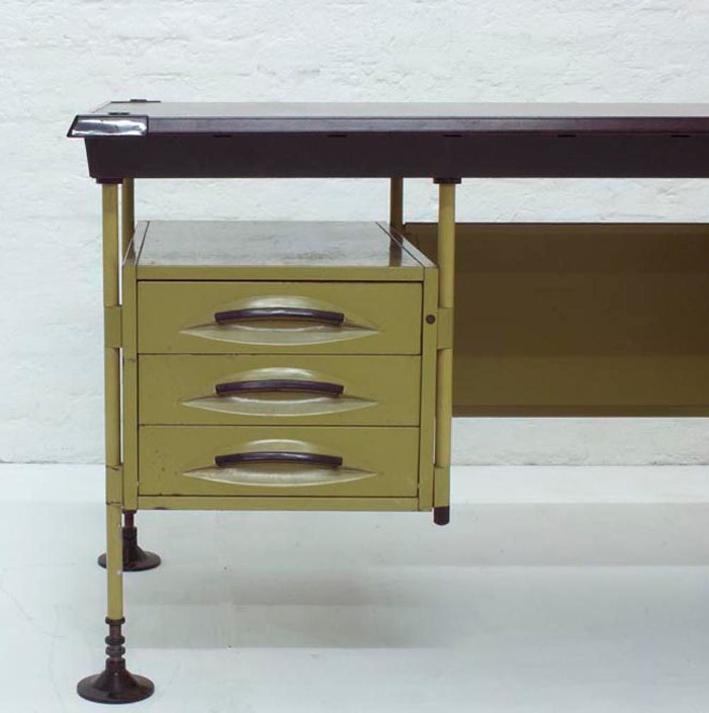 spazio schreibtisch von studio bbpr f r olivetti 1960er bei pamono kaufen. Black Bedroom Furniture Sets. Home Design Ideas