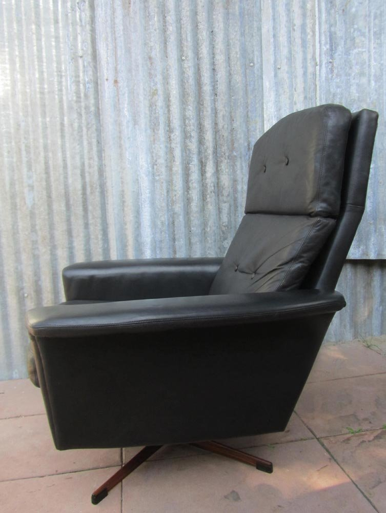Black Leather Lounge Swivel Chair From Goldsiegel 1960s