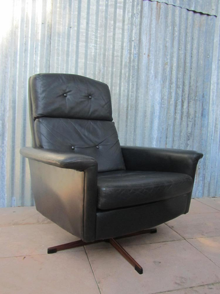 black leather oversized chair black leather lounge swivel chair from goldsiegel 1960s 11220 | black leather lounge swivel chair from goldsiegel 1960s 17