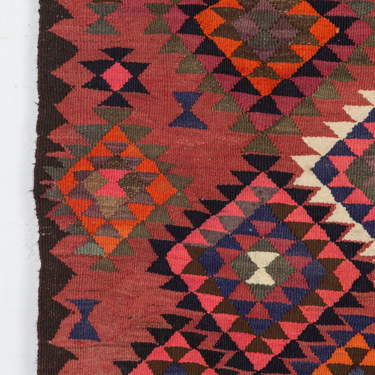 Large Vintage Kilim Rug For Sale At Pamono