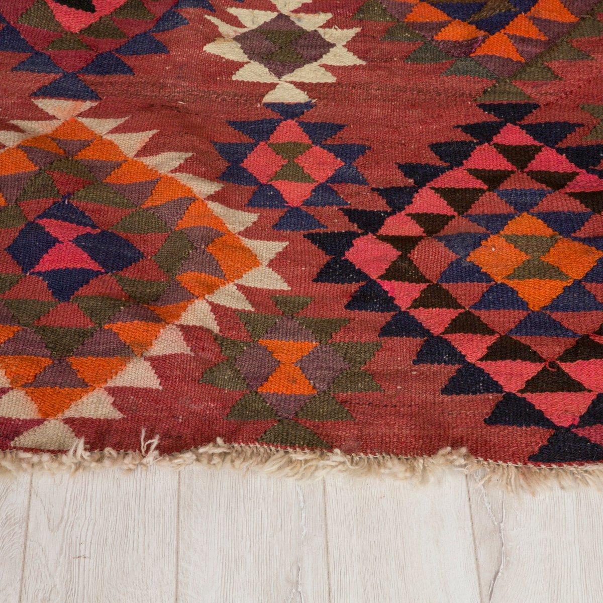 gro er vintage kilim teppich bei pamono kaufen. Black Bedroom Furniture Sets. Home Design Ideas