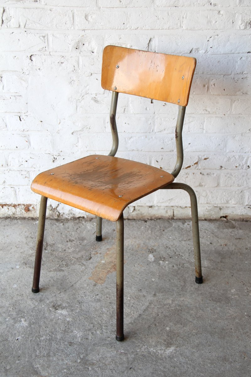 chaise d 39 ecolier vintage en bois en vente sur pamono. Black Bedroom Furniture Sets. Home Design Ideas