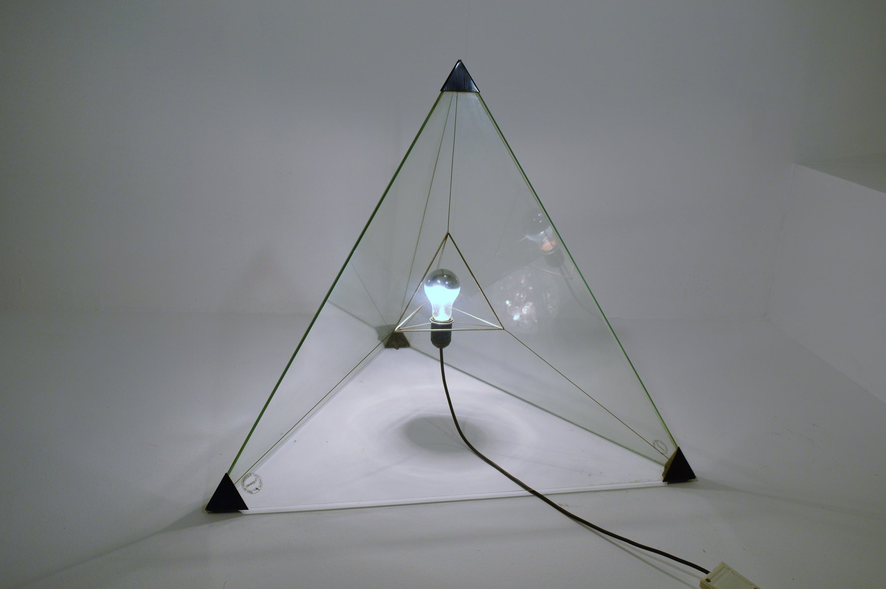 Pyramiden Stehlampe von Frans van Nieuwenborg & Martijn Wegman, 1980er