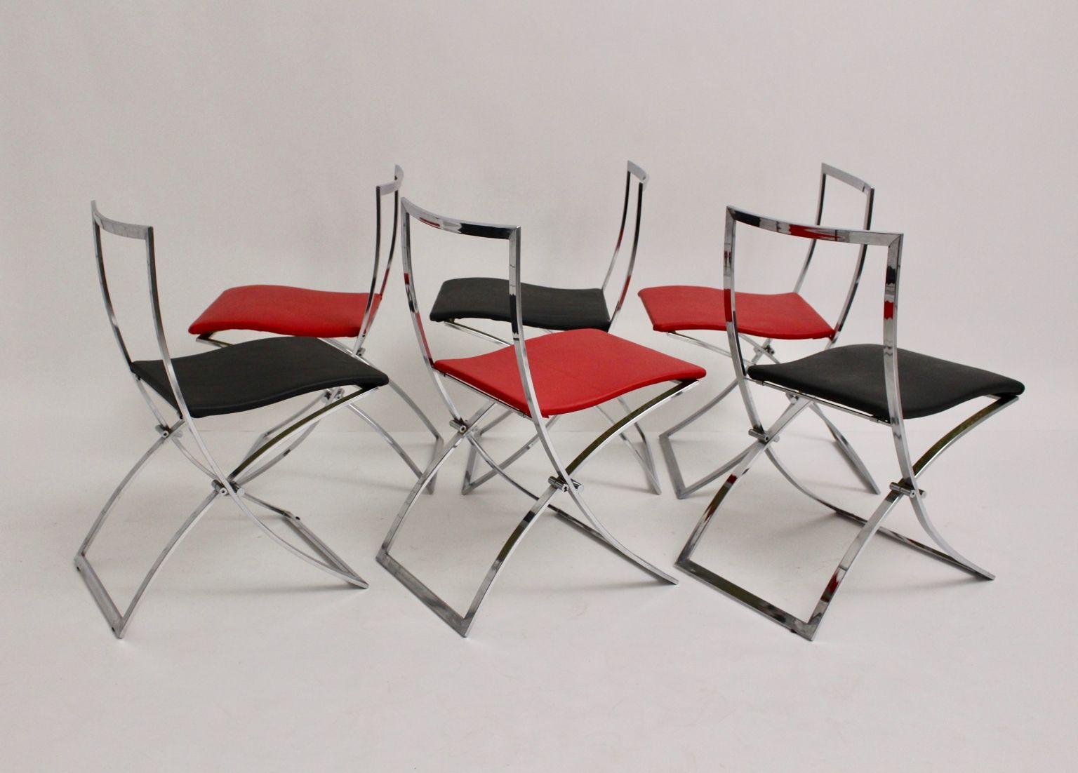 Sedie pieghevoli luisa rosse e nere di marcello cuneo per for Italy design mobel