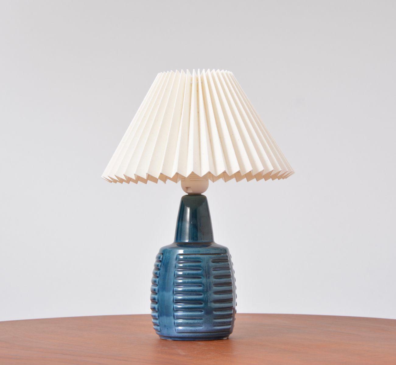 Dänische Tischlampe aus blauer Keramik von Einar Johansen für Soholm, ...