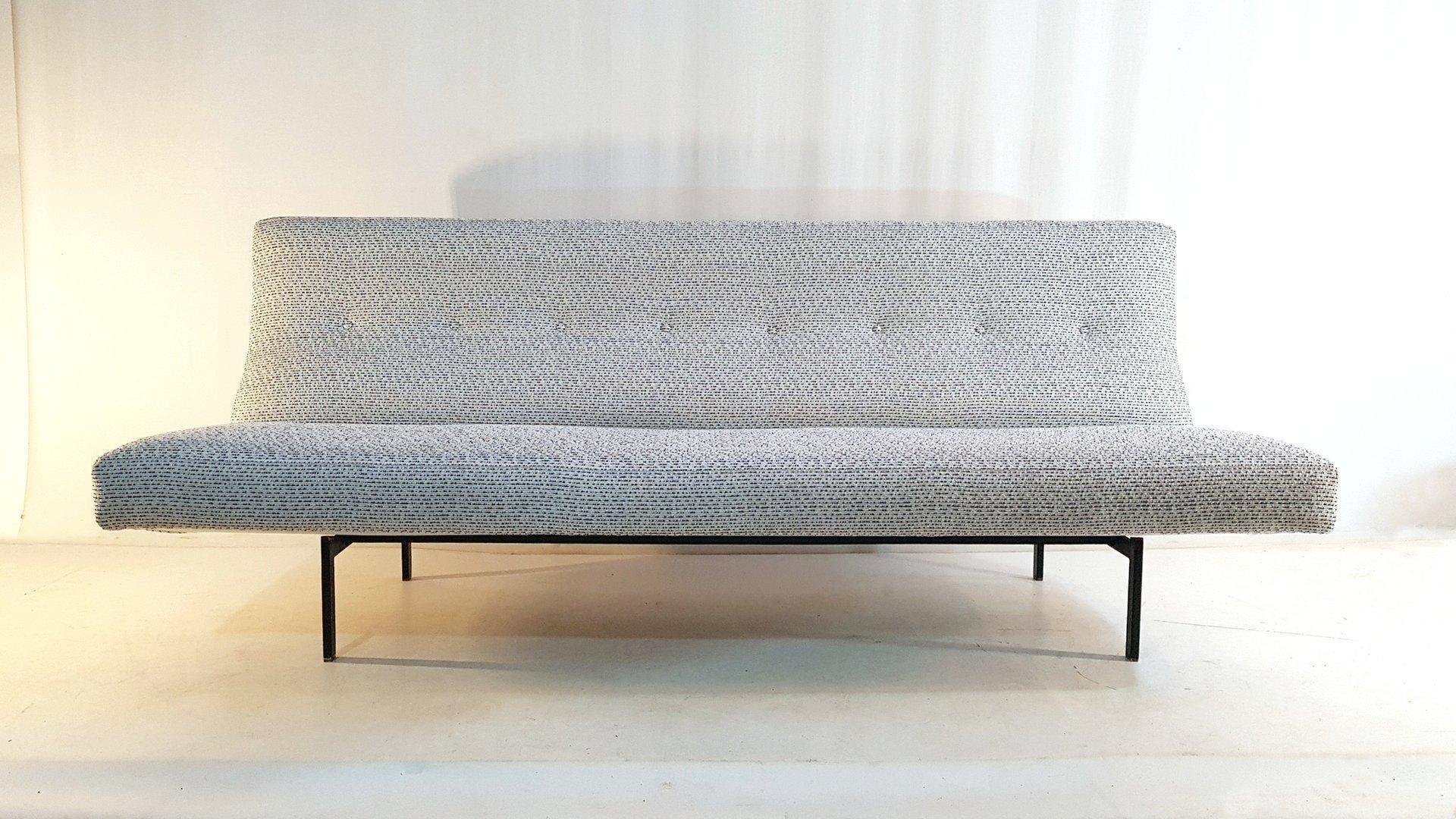 Beau Mid Century Modern Lounge Sofa