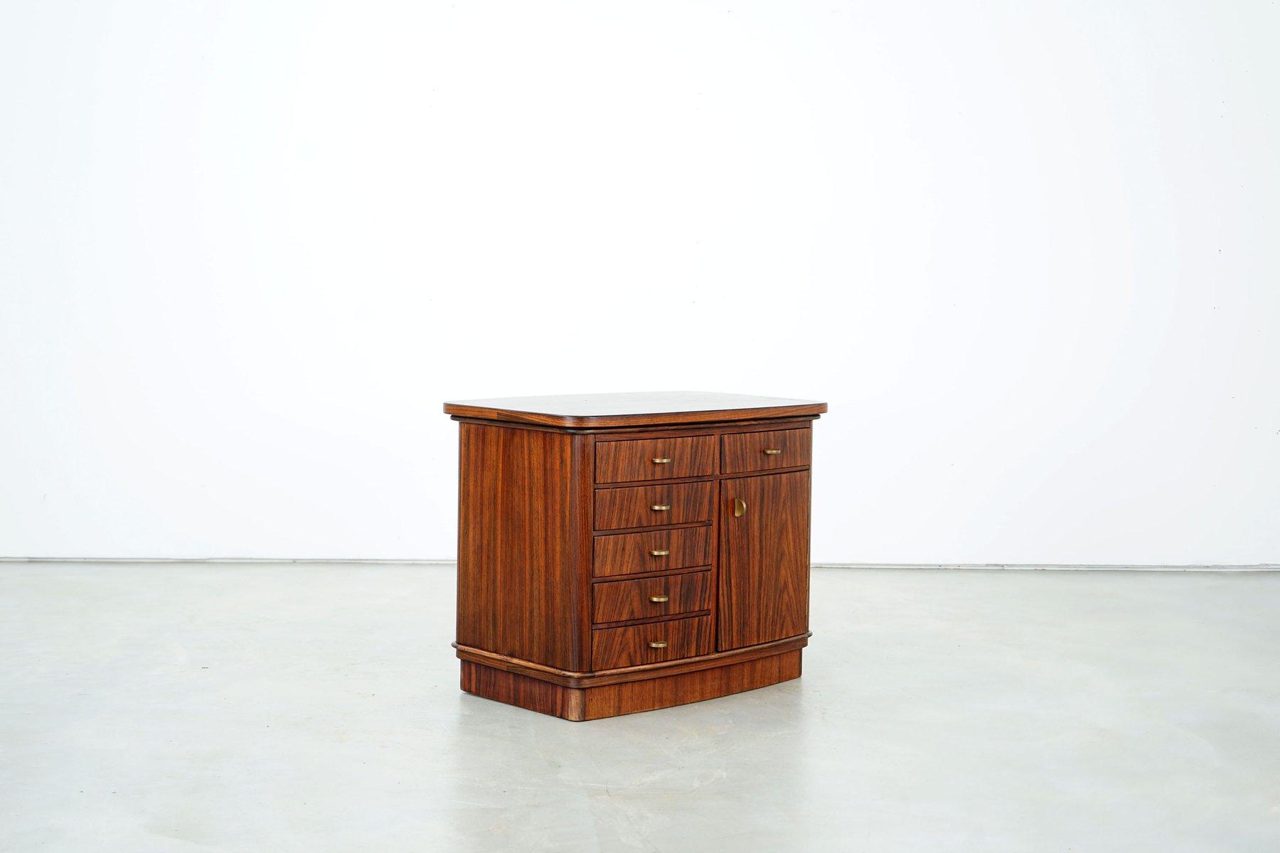 kommode mit messing griffen 1970er bei pamono kaufen. Black Bedroom Furniture Sets. Home Design Ideas