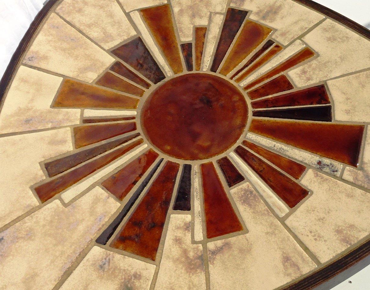 Runder Vallauris Couchtisch mit Keramikplatte von Barrois, 1960er