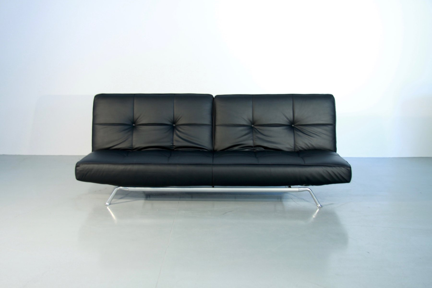 verstellbares vintage smala schlafsofa aus schwarzem leder von pascal mourgue f r ligne roset. Black Bedroom Furniture Sets. Home Design Ideas