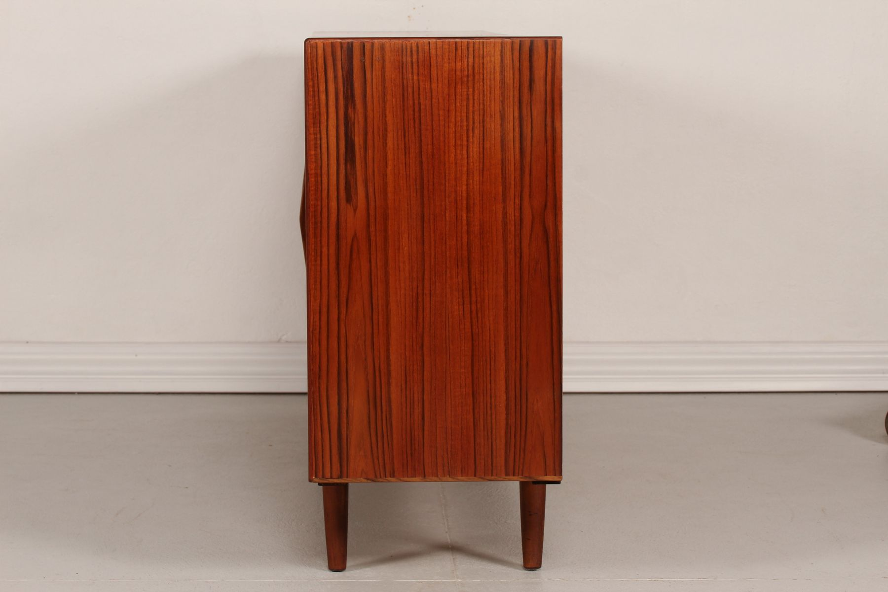Mid century danish teak sideboard with 4 doors 1950s for for Sideboard 4 meter lang