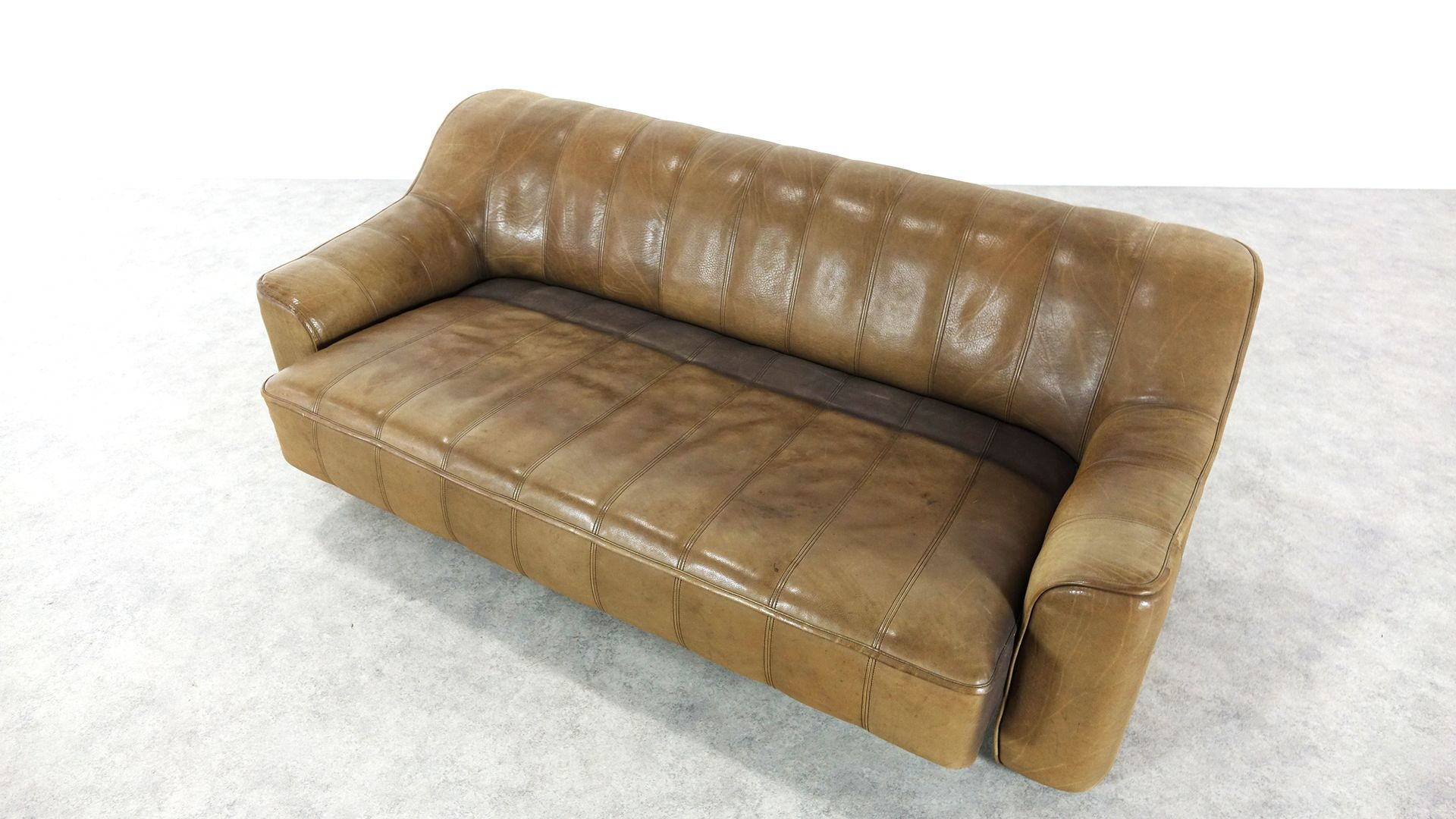 leder ds 44 3 sitzer schlafsofa von de sede 1970er bei pamono kaufen. Black Bedroom Furniture Sets. Home Design Ideas