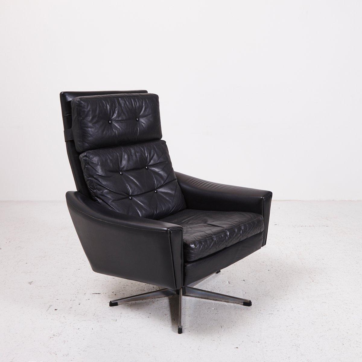 schwarzer drehsessel aus leder mit fu in sternenform 1970er bei pamono kaufen. Black Bedroom Furniture Sets. Home Design Ideas