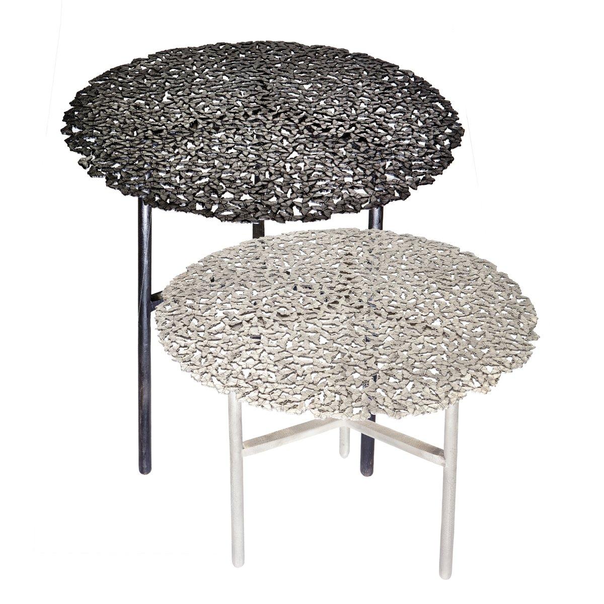 table d 39 appoint d 39 int rieur ou d 39 ext rieur jean cast butterfly en laiton noir i par fred juul. Black Bedroom Furniture Sets. Home Design Ideas