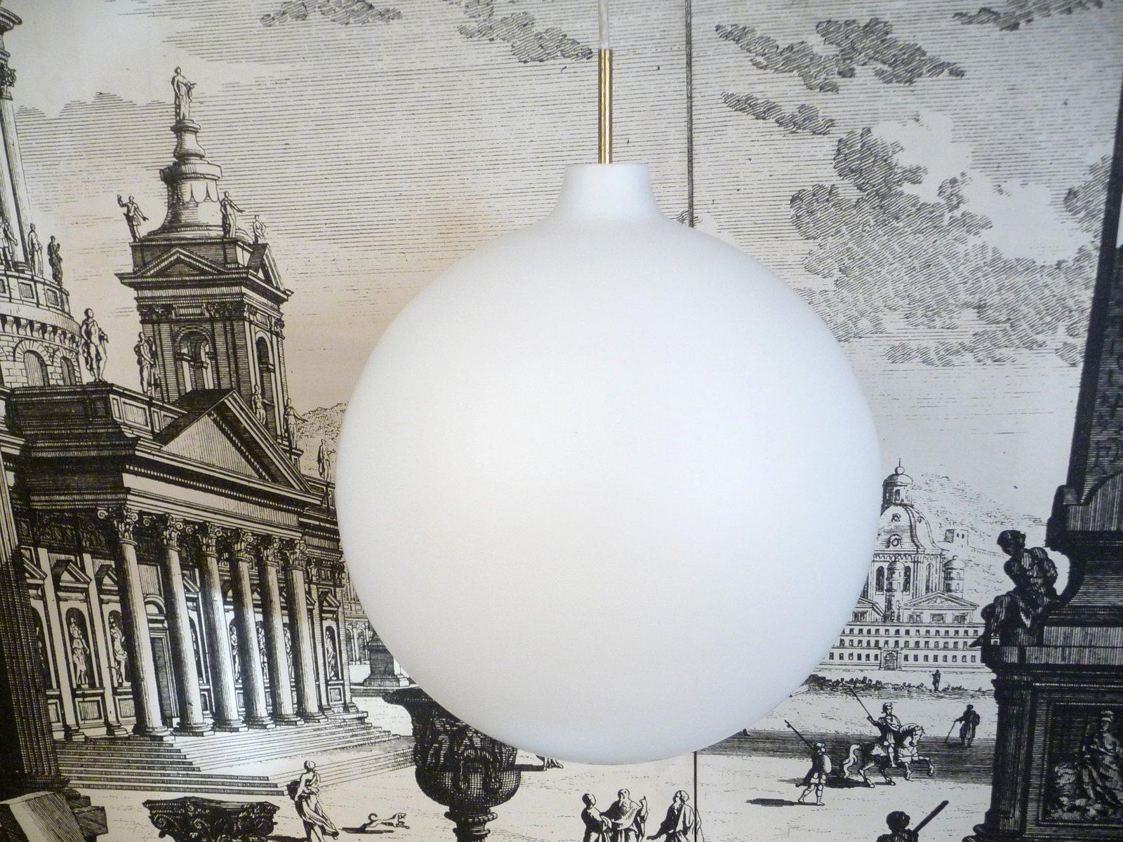 Große Dänische Opalglas Lampe von Vilhelm Wohlert für Louis Poulsen, 1...