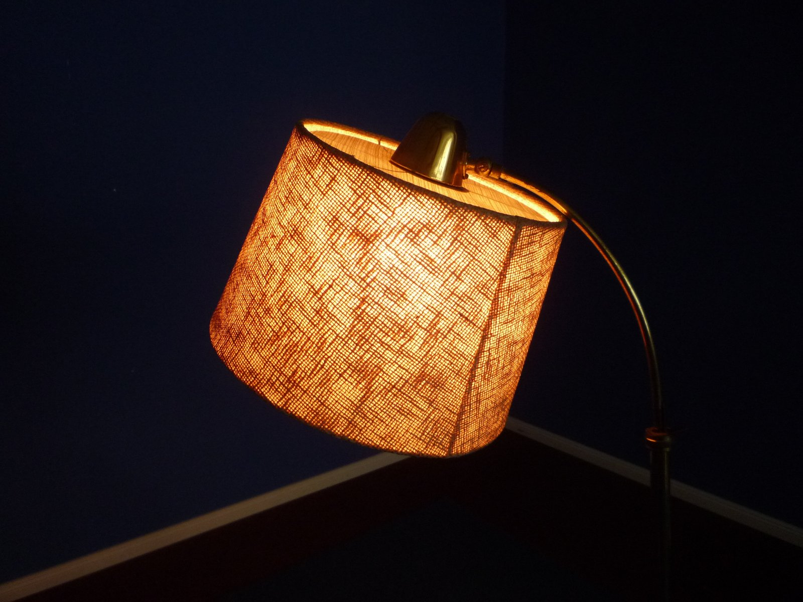 franz sische dreifu stehlampe 1950er bei pamono kaufen. Black Bedroom Furniture Sets. Home Design Ideas