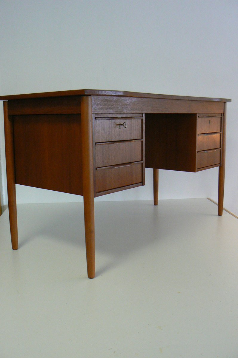 bureau en teck danemark 1959 en vente sur pamono. Black Bedroom Furniture Sets. Home Design Ideas