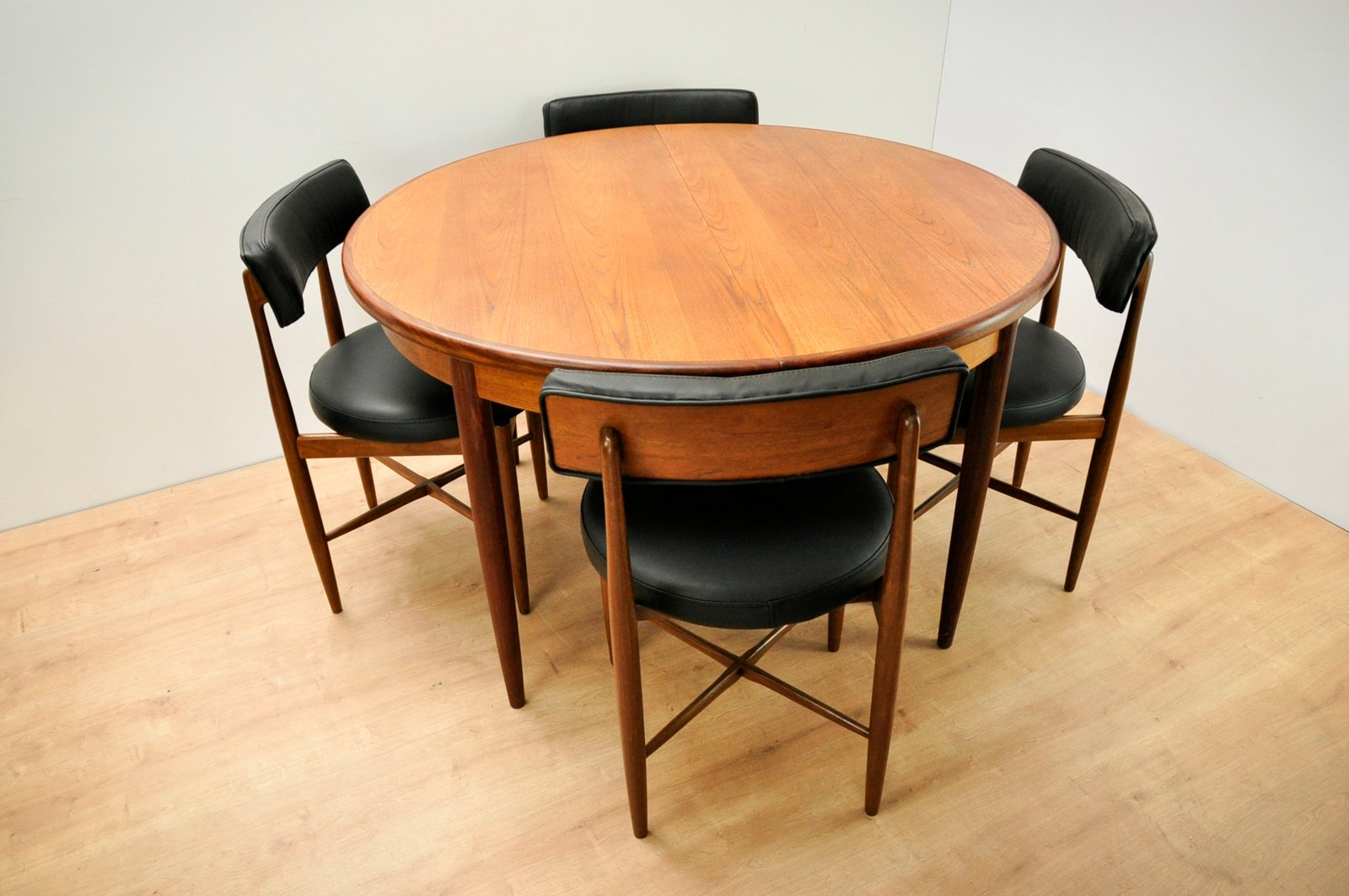 Dining Table And 4 Chairs By Ib Kofod Larsen For G Plan