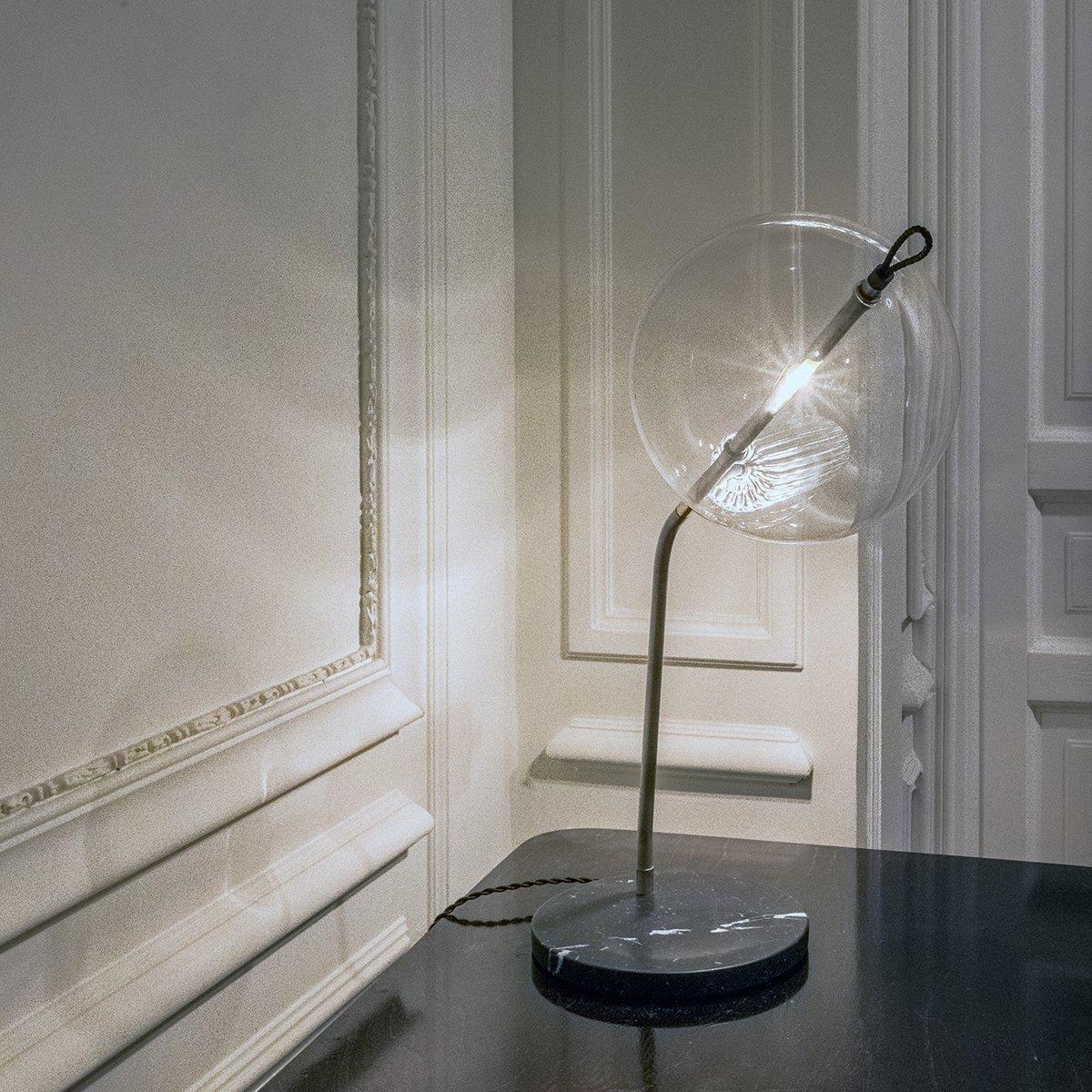 Lampada da tavolo t double special in ottone ossidato argentato con base in marmo di silvio - Base lampada da tavolo ...