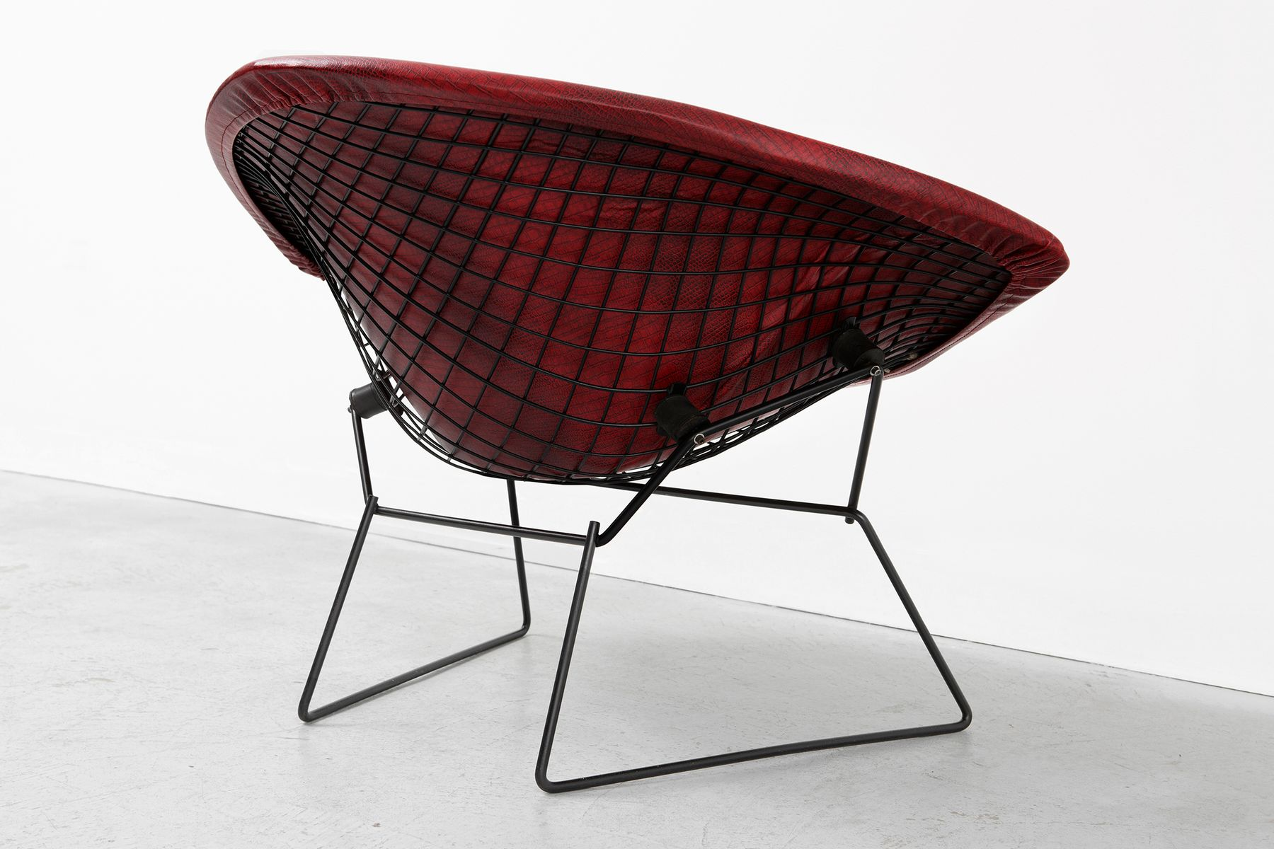 Vintage diamond rocking chair by harry bertoia for knoll for Knoll associates