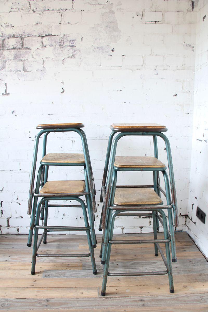 tabouret industriel vintage par gaston cavaillon pour mullca 1960s en vente sur pamono. Black Bedroom Furniture Sets. Home Design Ideas
