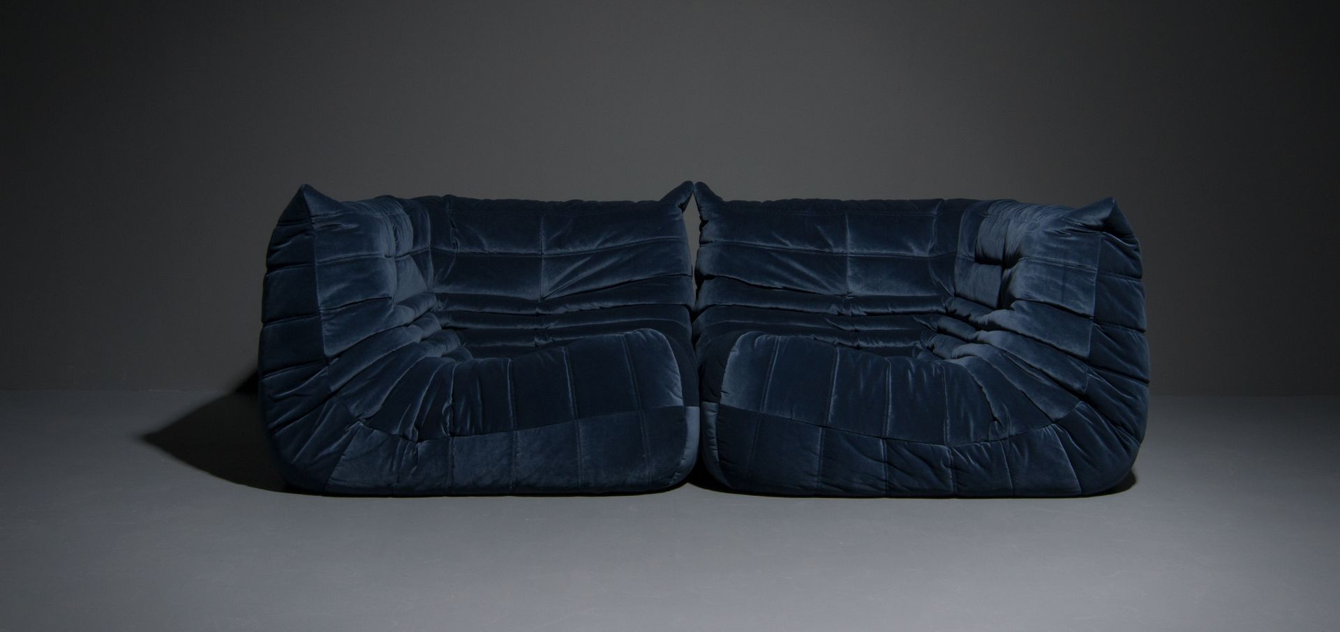 vintage togo sofa set von michel ducaroy f r ligne roset 1973 bei pamono kaufen. Black Bedroom Furniture Sets. Home Design Ideas