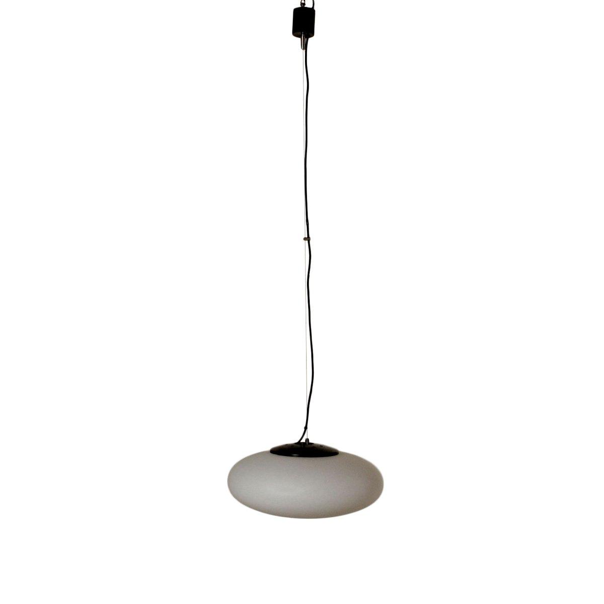 Italienische Opalglas & Metall Deckenlampe, 1960er