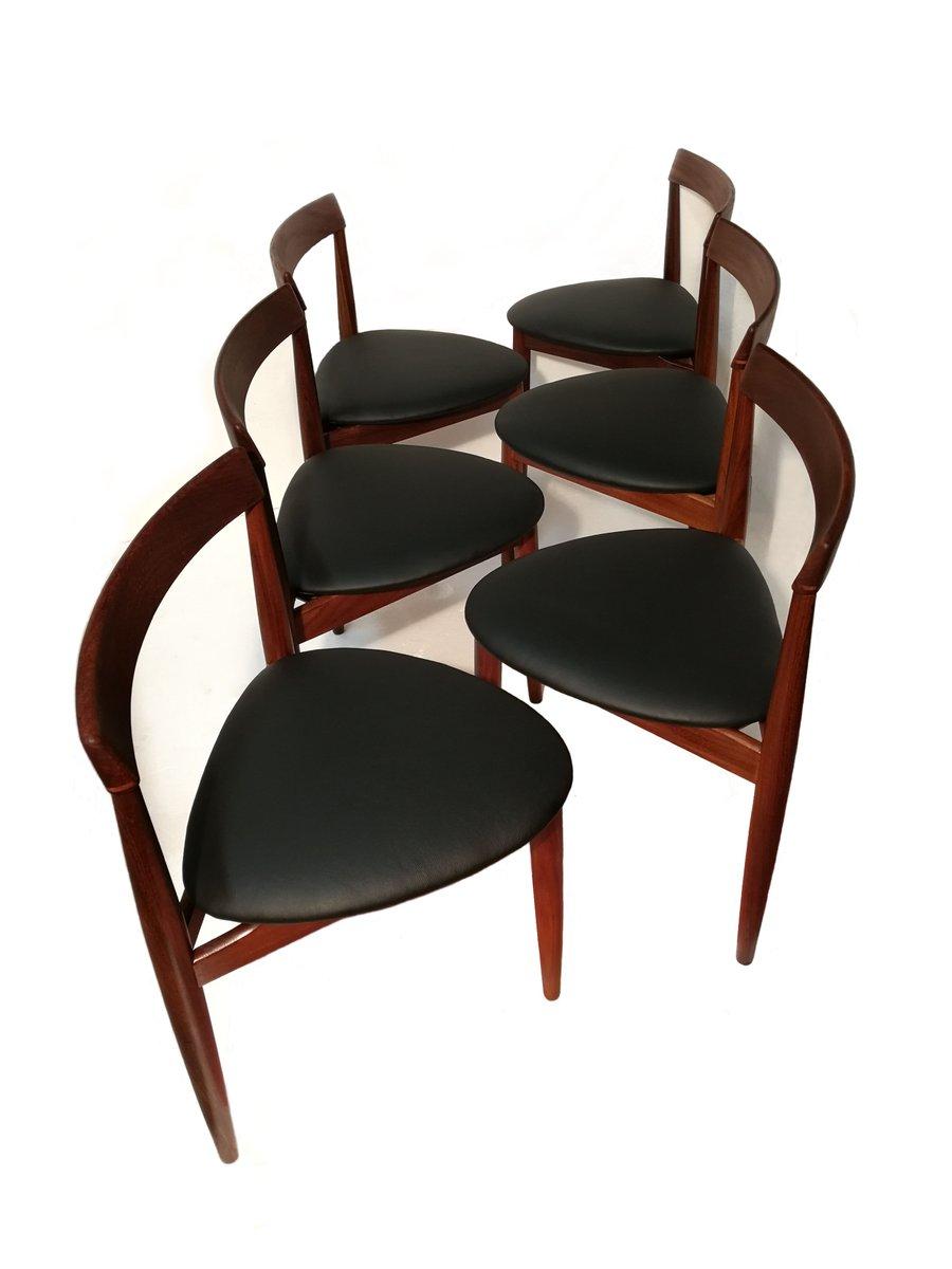 table de salle manger extensible avec six chaises par. Black Bedroom Furniture Sets. Home Design Ideas