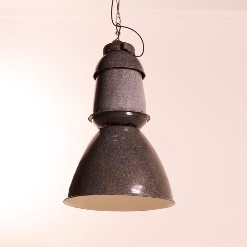 Emaillierte Niederländische Fabriklampe, 1950er